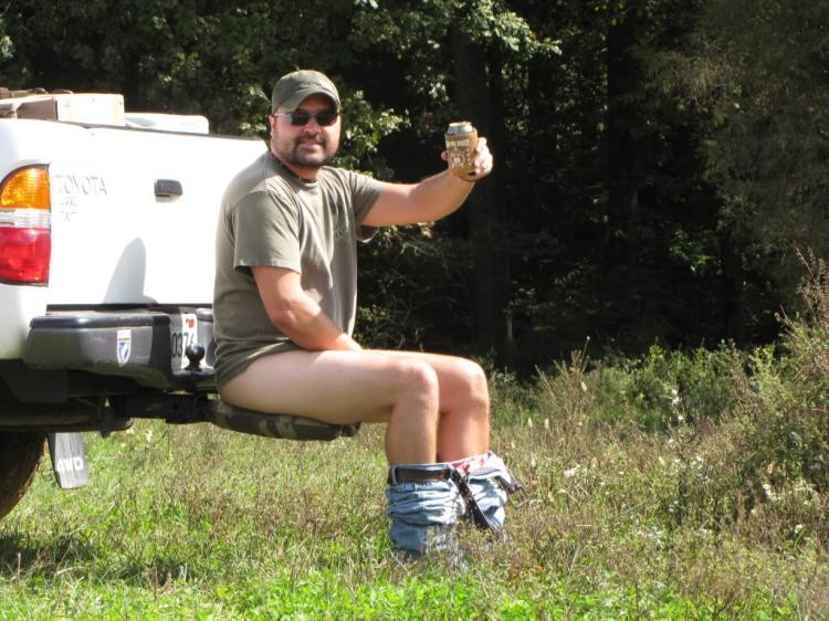 Inodoro portatil para enganchar atrás de la camioneta