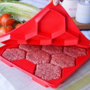Molde para preparar 8 carnes de hamburguesas en 1