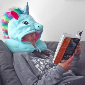 Almohada de cuello con gorro unicornio
