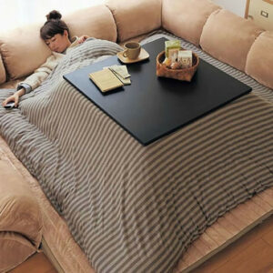 Mesa con calefactor Kotatsu